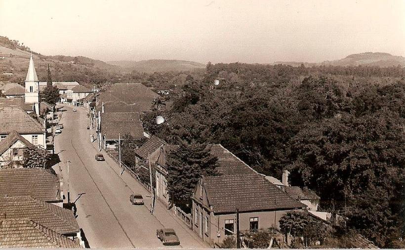 Imagem da cidade de igrejinha em 1988
