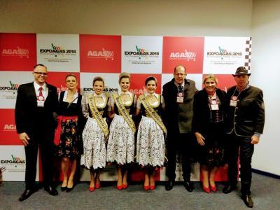 Oktoberfest de Igrejinha intensifica divulgação marcando presença na Expoagas e na Expointer