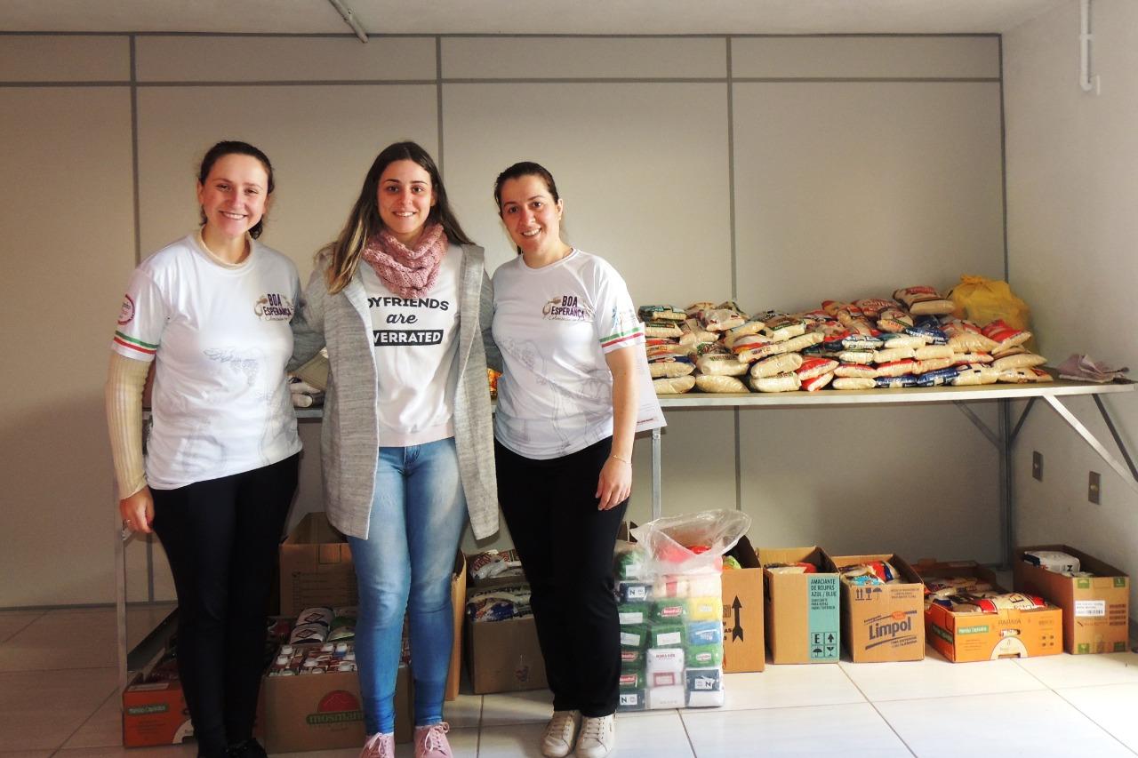 SOCIALIZAÇÃO: Boa Esperança promoveu filme sobre colonização e arrecadou doações de alimentos