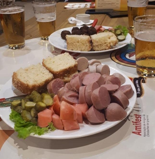 Gastronomia variada é atração