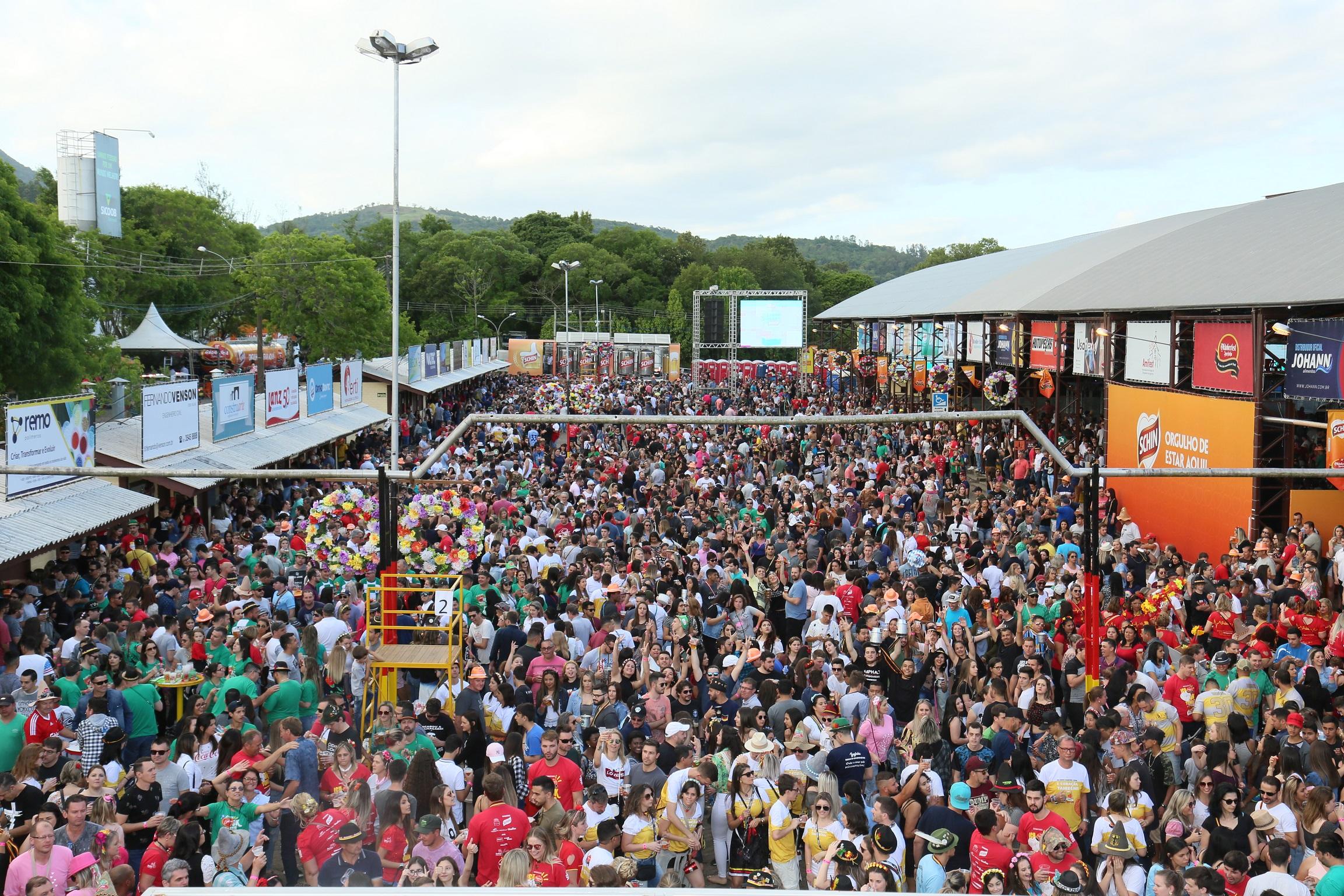 31ª Oktoberfest de Igrejinha  comemora resultados de público e consumo de chope