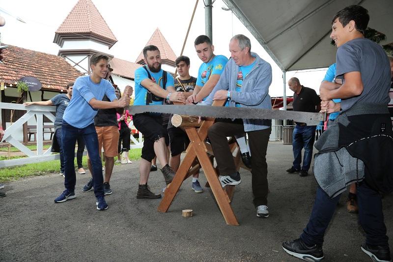 Programação cultural e atrações musicais no último final de semana da Oktoberfest