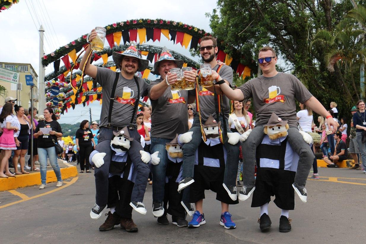 Parada Festiva e Concurso Camiseta Criativa com inscrições abertas
