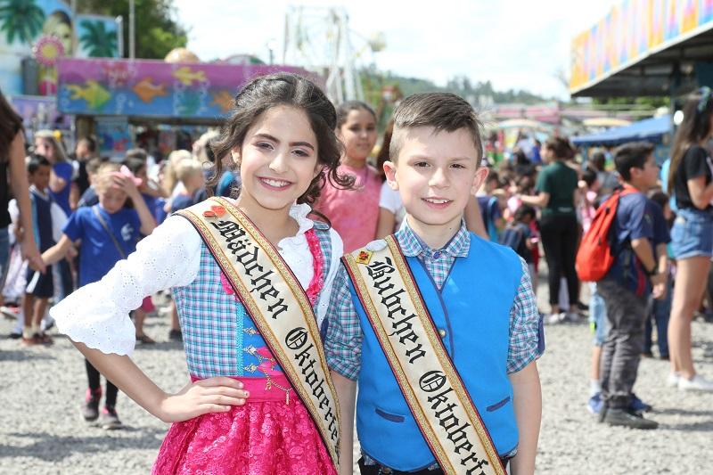 Três mil crianças visitam a 32ª Oktoberfest de Igrejinha