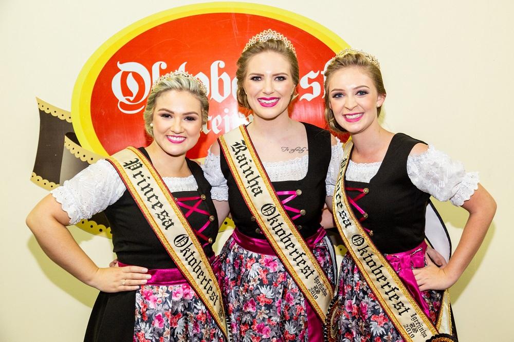 Oktober de Igrejinha tem Rainha e Princesas da 32ª edição